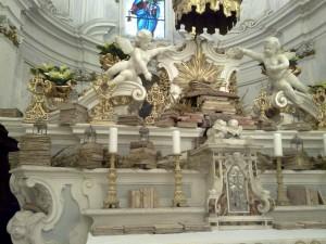 altare santa maria grazie