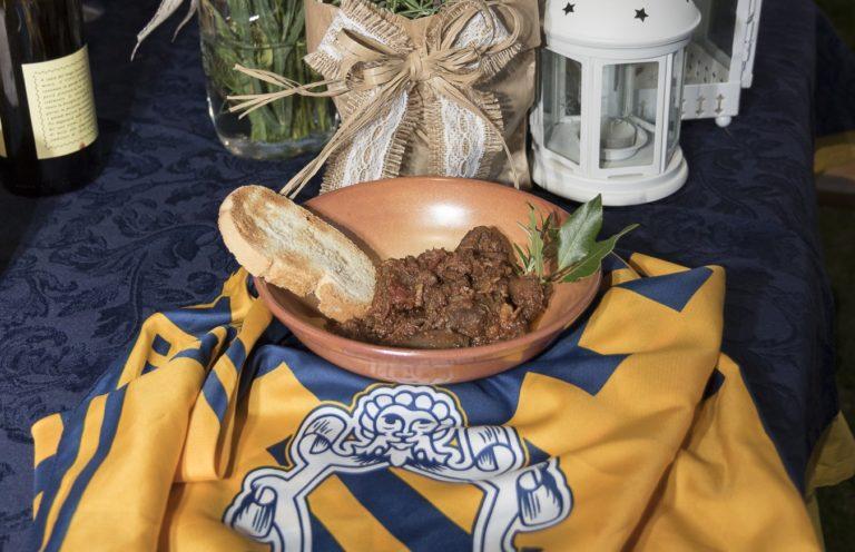 A TAVOLA CON IL NOBILE: Spezzatino di lepre in umido (LE COSTE)