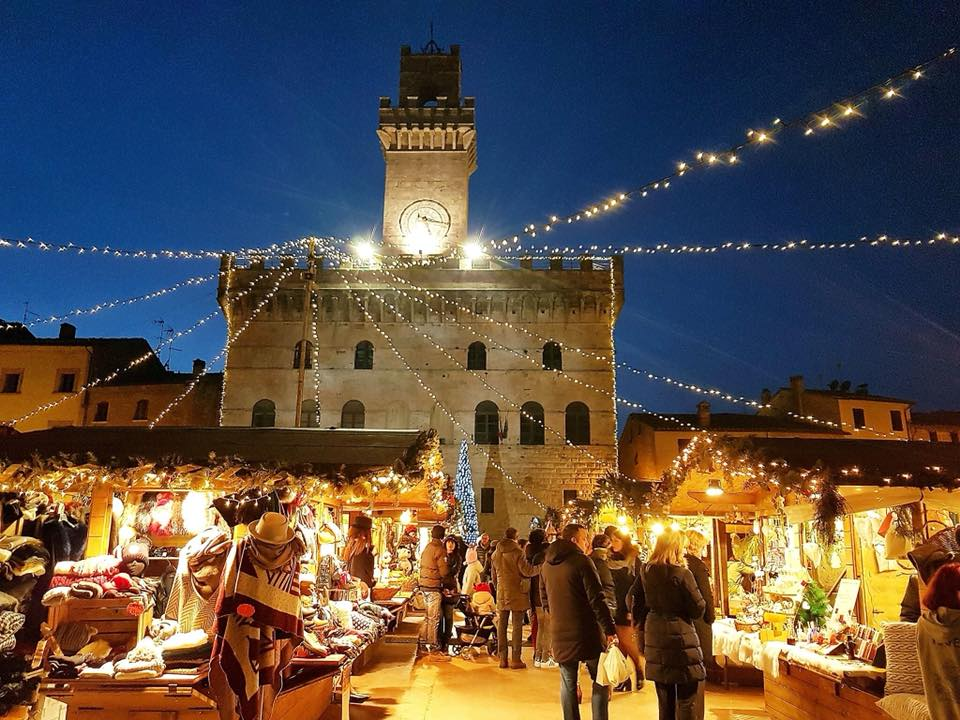 Risultati immagini per mercatini montepulciano